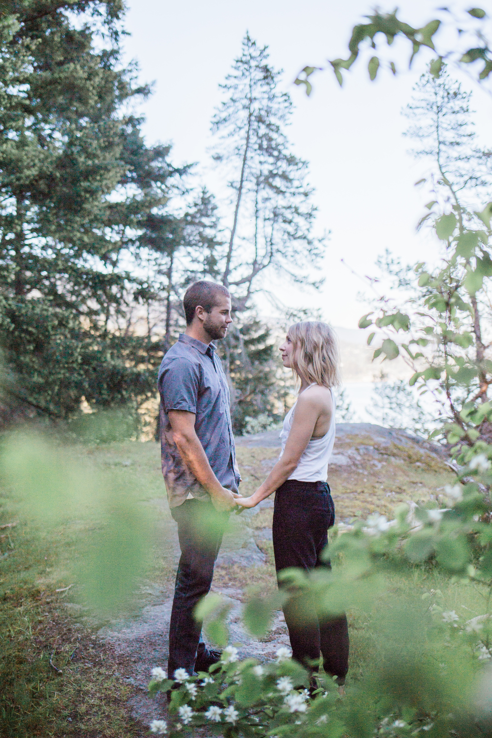 LightHousePark-Engagement-M&J-MintPhotography-5.jpg