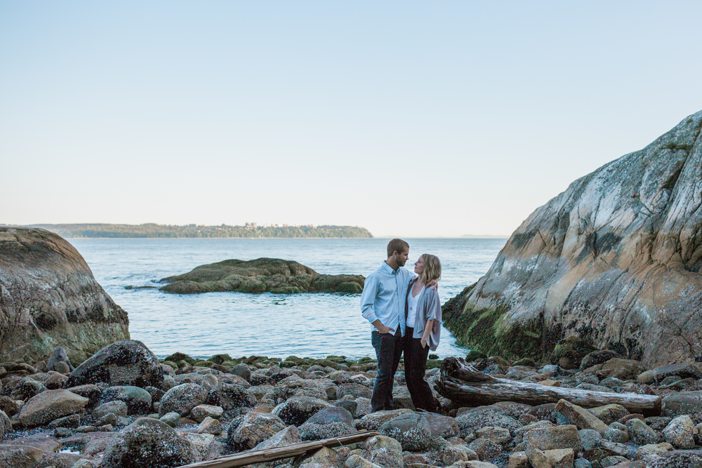 LightHousePark-Engagement-M&J-MintPhotography-25.jpg