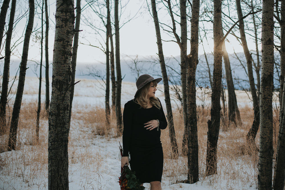 Calgary Alberta maternity session fall birch trees