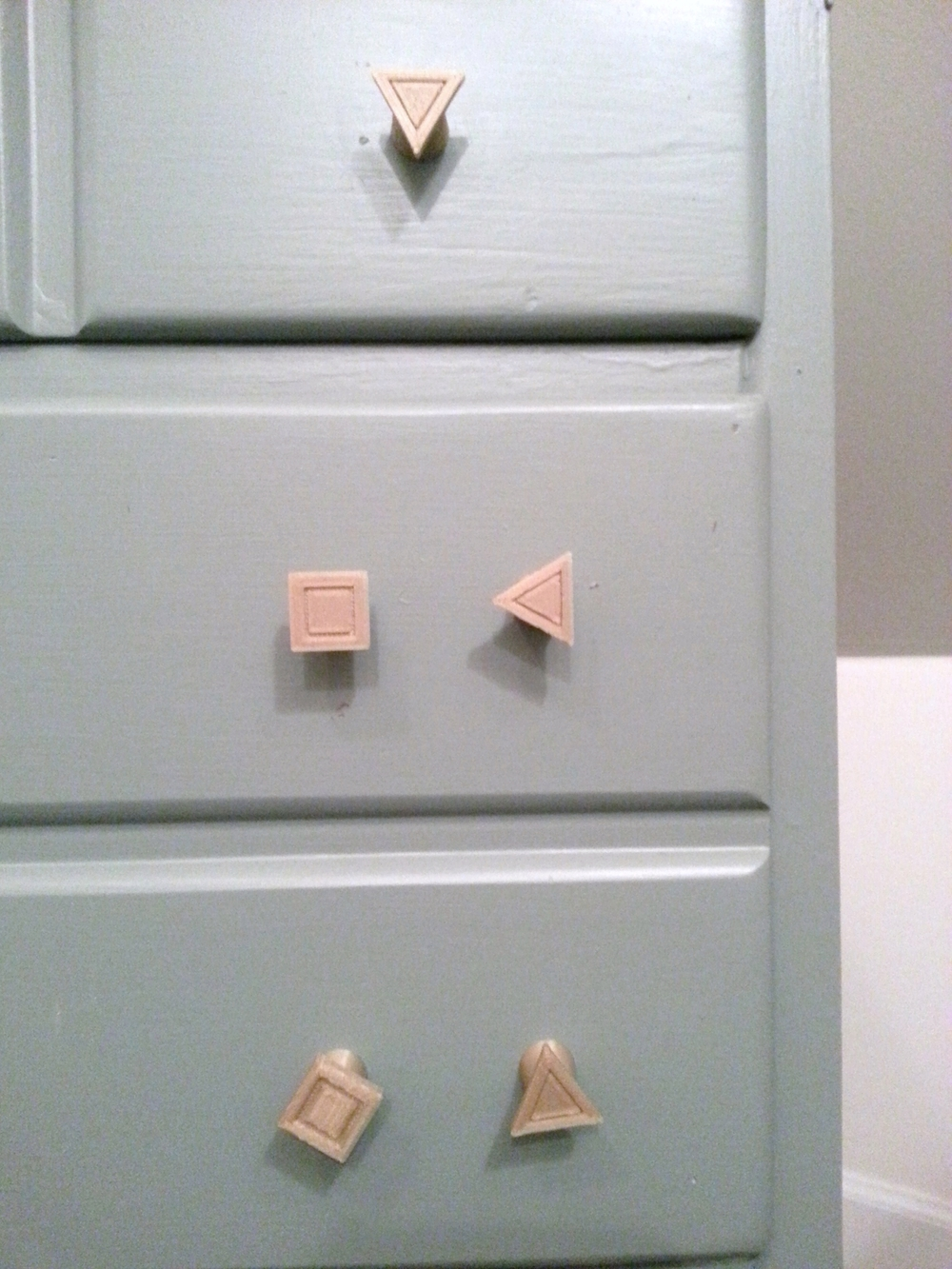 Square & Triangular Knobs