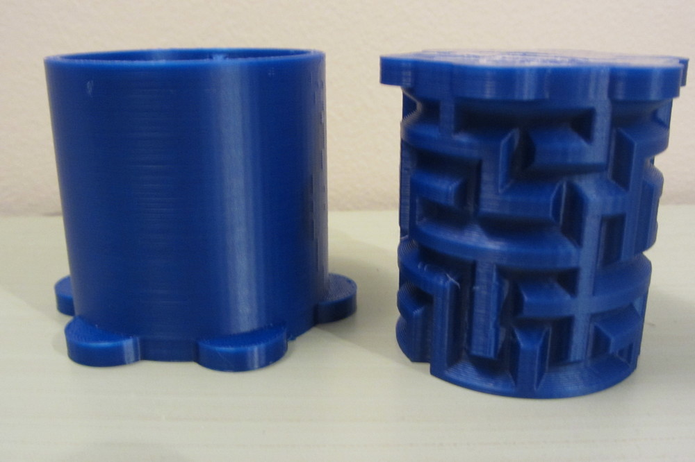 Maze Cylinder Box    Makergear M2 - 0.2mm layers - Blue PLA