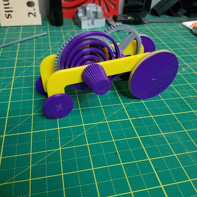 #3dprinted toy #racecar for an #MCC giveaway made using #PLA on a #makergearm2 model downloaded from #thingiverse #chicago #3p3d #3dprinting #3dprinter #homemadetoys #stem #engineering #desktopmanufacturing #rapidprototyping #additivemanufacturing #technologythesedays #technologyisawesome