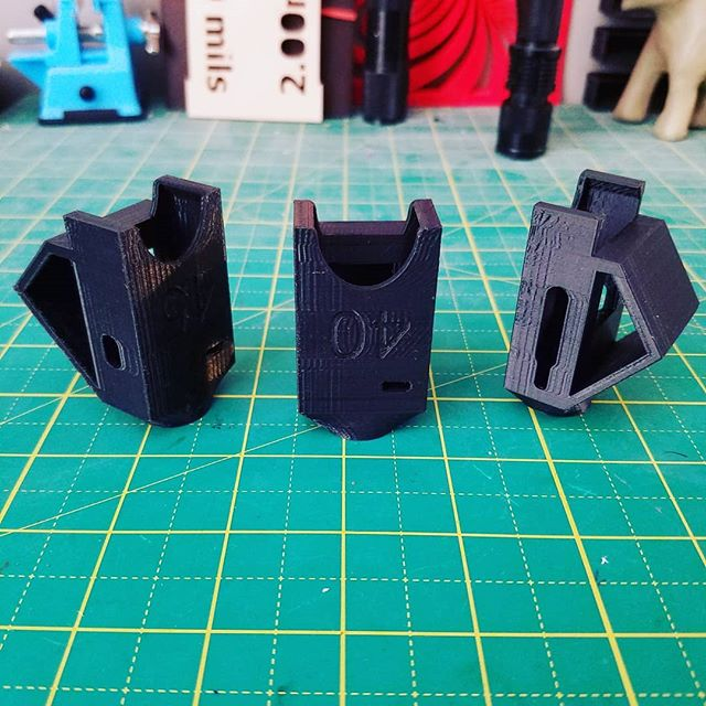 #3dprinted prototypes for a local customer. #3p3d #chicago #3dprinting #3dprinter #makergearm2 #makergear #PLA #rapidprototyping #functionalprint #functionalprototype #desktopmanufacturing