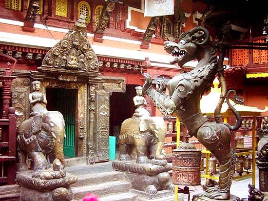 Picture5-PatanMuseum.jpg