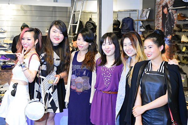 With La Mode members and other bloggers