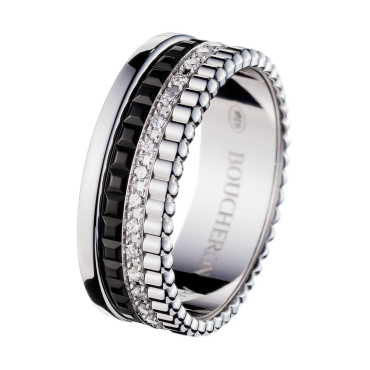 Quatre Black edition 0.6cm width ring with diamonds