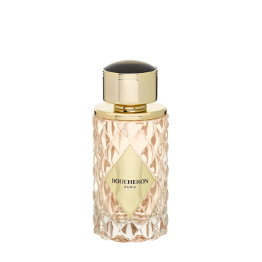BOUCHERON PLACE VENDÔME    The timeless perfume of a mythic Place   Boucheron pays tribute to its mythic address on Place Vendôme, by celebrating the union between the intensity of cedar wood and the finesse of the jasmine into a unique collection.