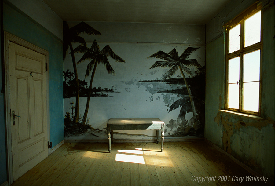 Sandhouse Palm Room