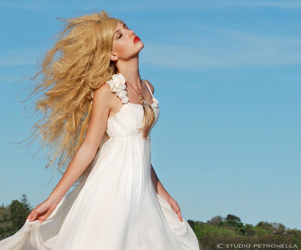 cc homepage 960x800 maddie blonde close v10 © heather rhodes studio petronella.jpg