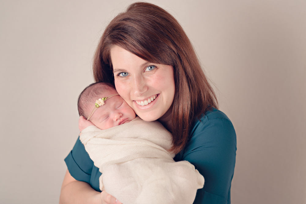 mother-daughter - newborn baby girl - Louisa Nickel Photography