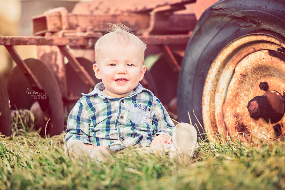 farm baby - tractor - sitter session - Louisa Nickel Photography