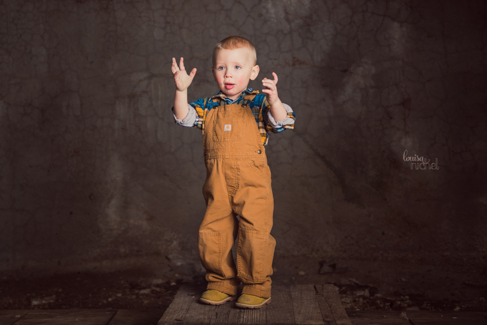 happy birthday boy - overalls - poses - 2 years old - Louisa Nickel Photography