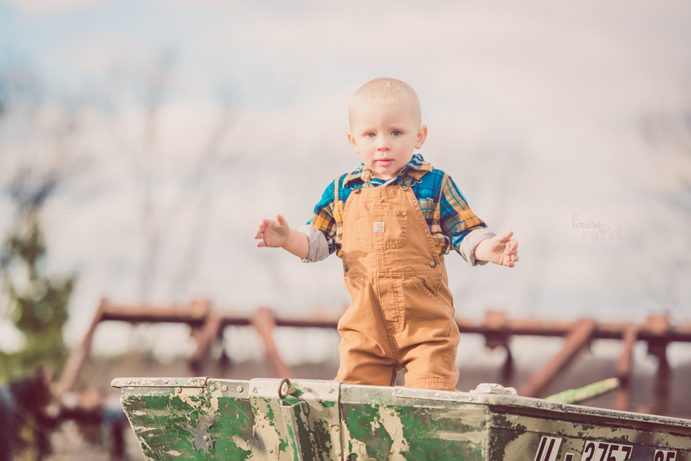 2 year session - vintage farm boat - overalls & plaid shirt - Louisa Nickel Photography
