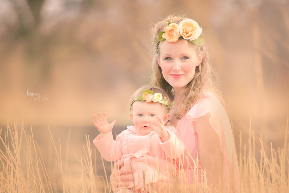 mom and daughter - dreamy image - Louisa Nickel Photography