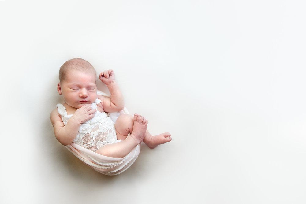 natural_newborn_baby_girl-12.jpg