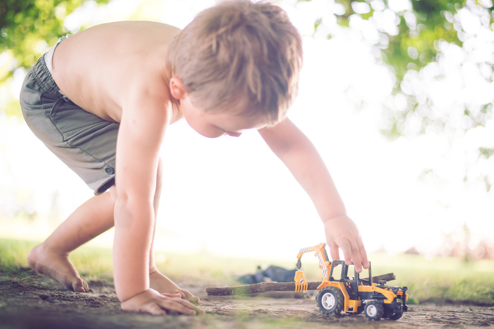 3_year_old_tractors_dirt_photoshoot-4.jpg