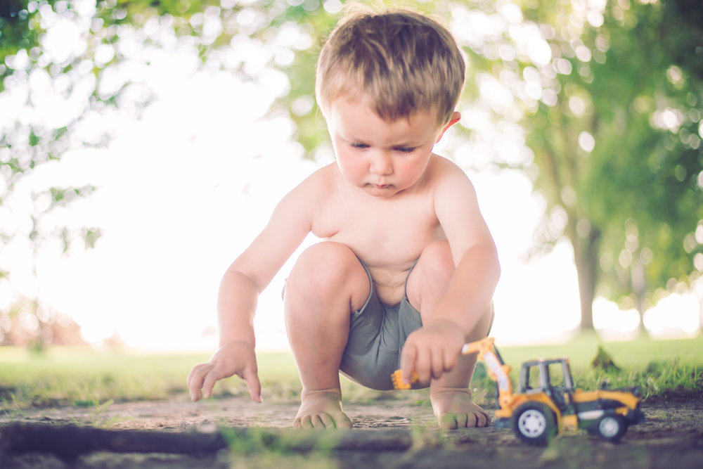 3_year_old_tractors_dirt_photoshoot-5.jpg