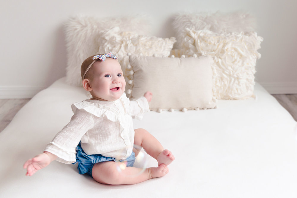 sitting crawling baby girl six month session - Louisa Nickel Photography-28.jpg