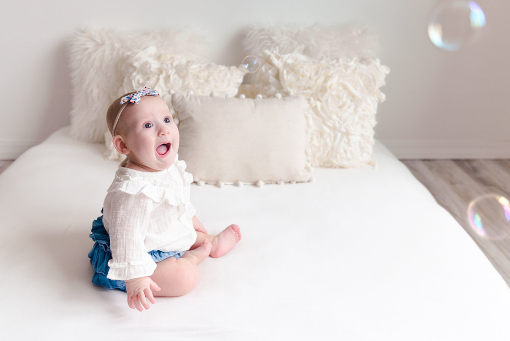 sitting crawling baby girl six month session - Louisa Nickel Photography-27.jpg