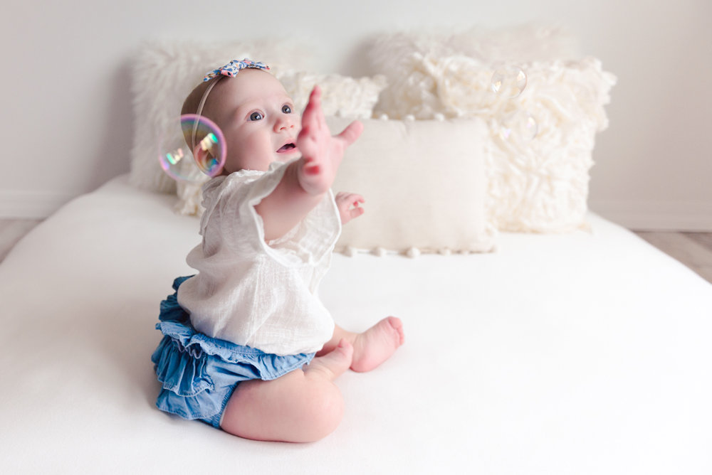 sitting crawling baby girl six month session - Louisa Nickel Photography-26.jpg