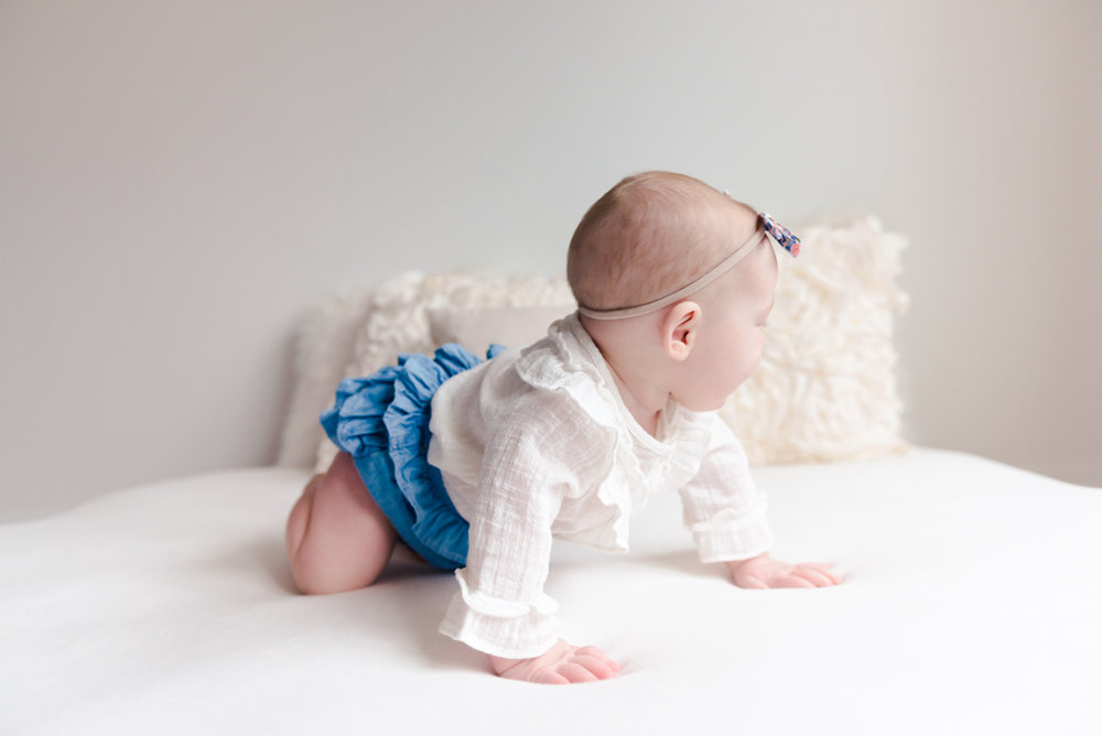 sitting crawling baby girl six month session - Louisa Nickel Photography-23.jpg