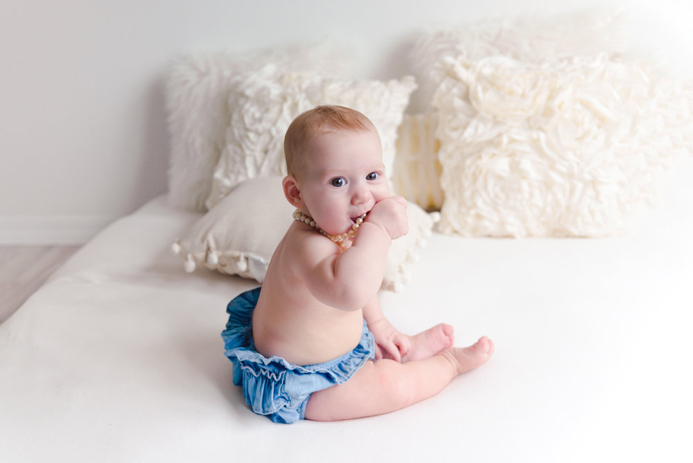 sitting crawling baby girl six month session - Louisa Nickel Photography-9.jpg