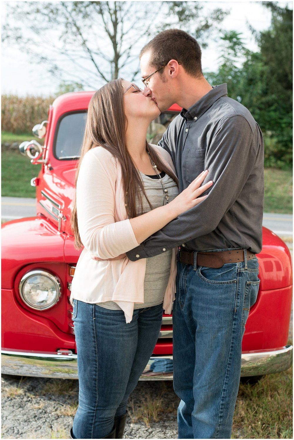 willow-tree-lancaster-pa-lancaster-county-red-truck-wedding-photography-photographer-engagement-photo