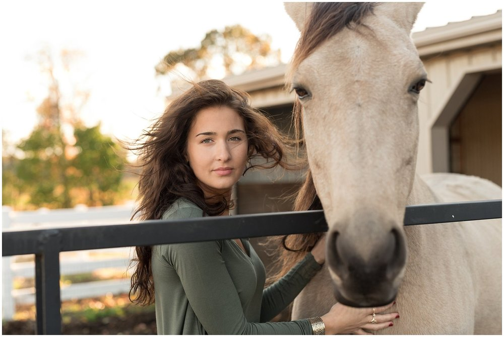 Lancaster-pennmanor-senior-photograph-photographer-horse-willowstreet-photo