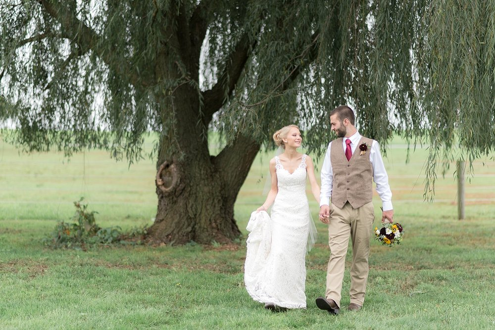 Rustic Chic Lancaster Count farm wedding photographer photo_0077.jpg