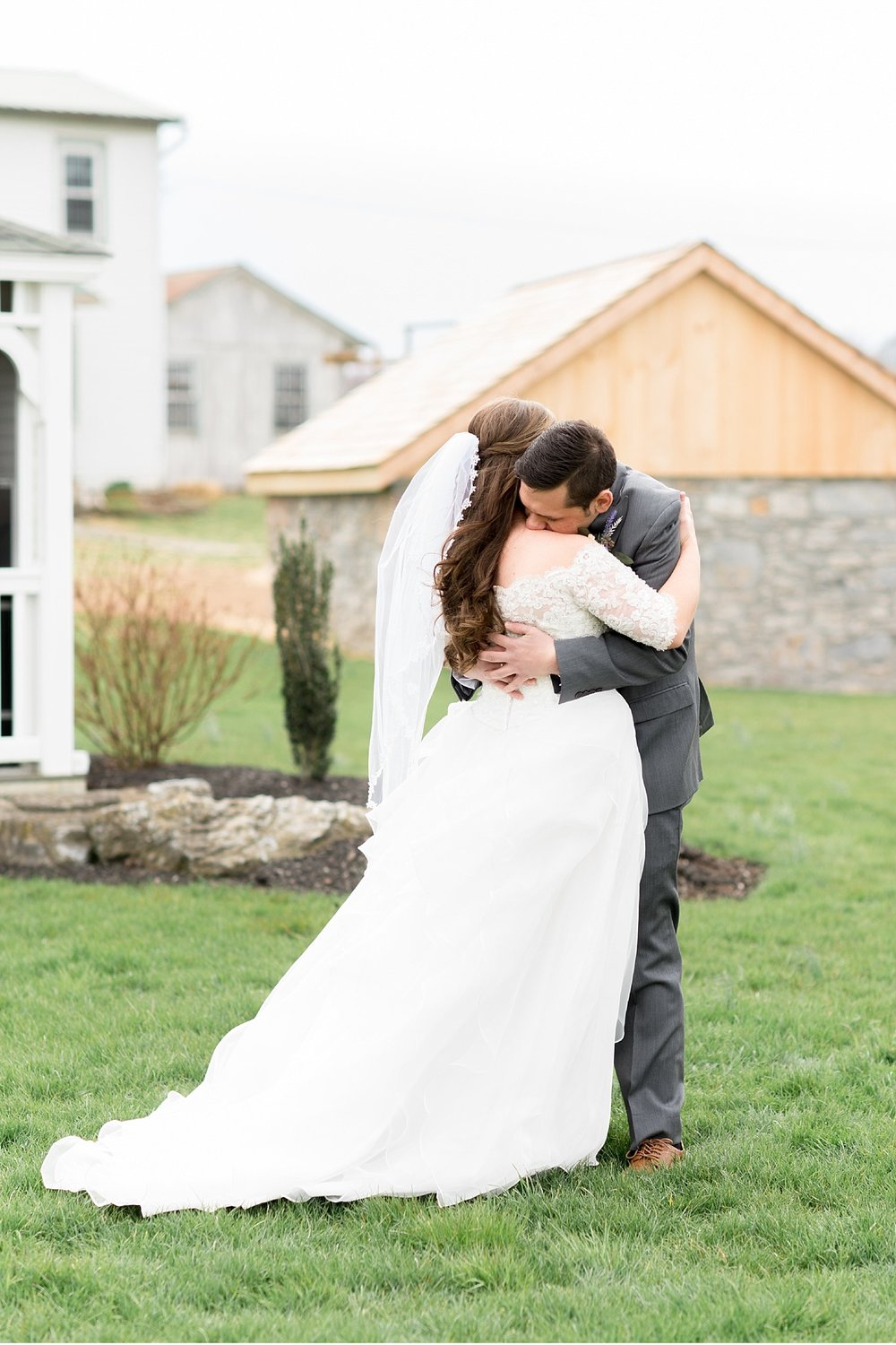 Springside Barn East Earl PA first look image wedding photography photo