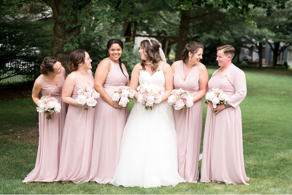 Bridesmaids and bride Hershey Gardens Hershey Country Club Summer beautiful wedding photography_1570.jpg