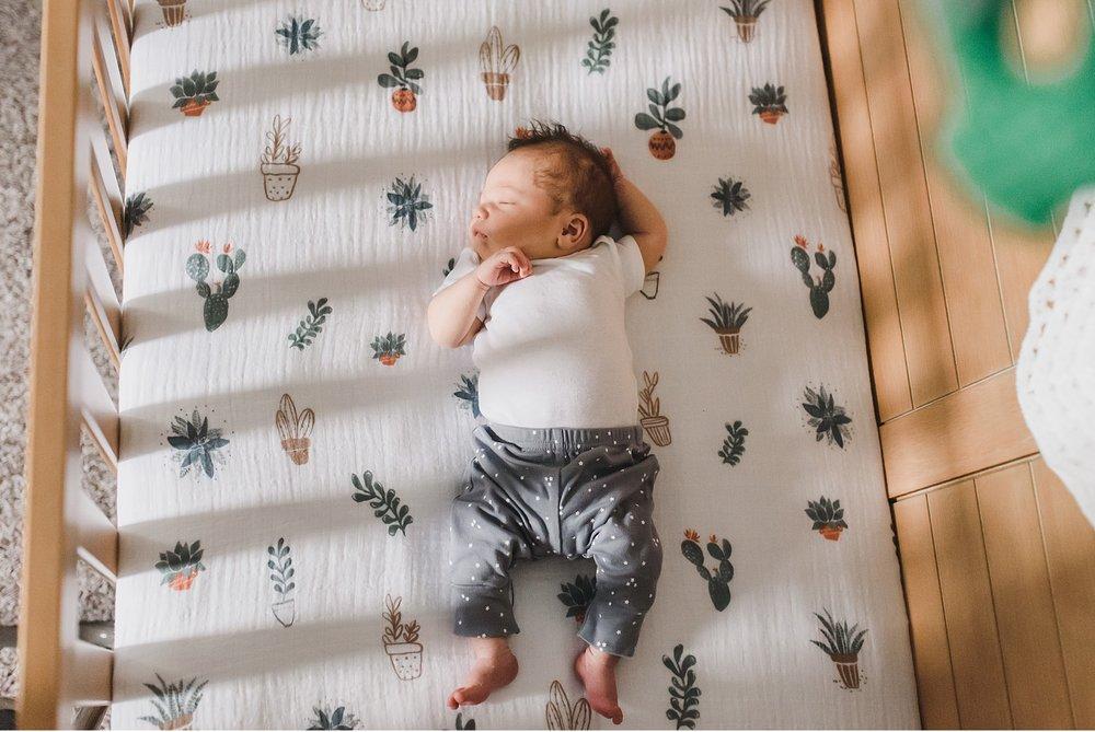 Newborn lifestyle session Lancaster PA family photographer_3313.jpg