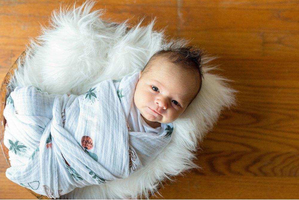 Newborn lifestyle session Lancaster PA family photographer_3317.jpg