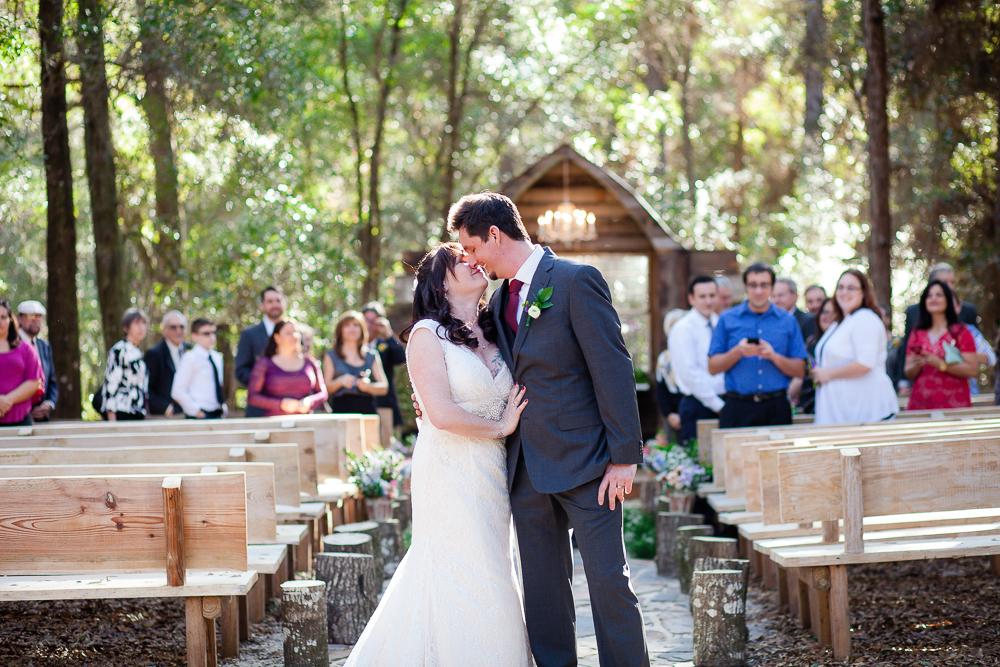 bridle oaks barn wedding photographer