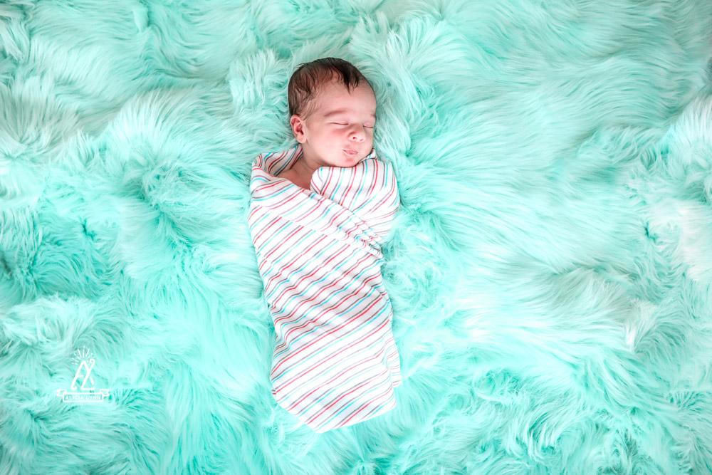 orlando newborn photographer-2.jpg