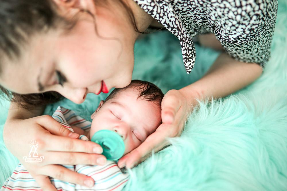 orlando newborn photographer.jpg
