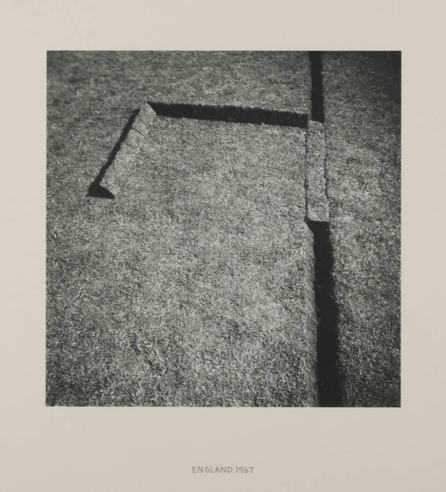 tranceend :     Richard Long.   ' Turf Sculpture ', 1967