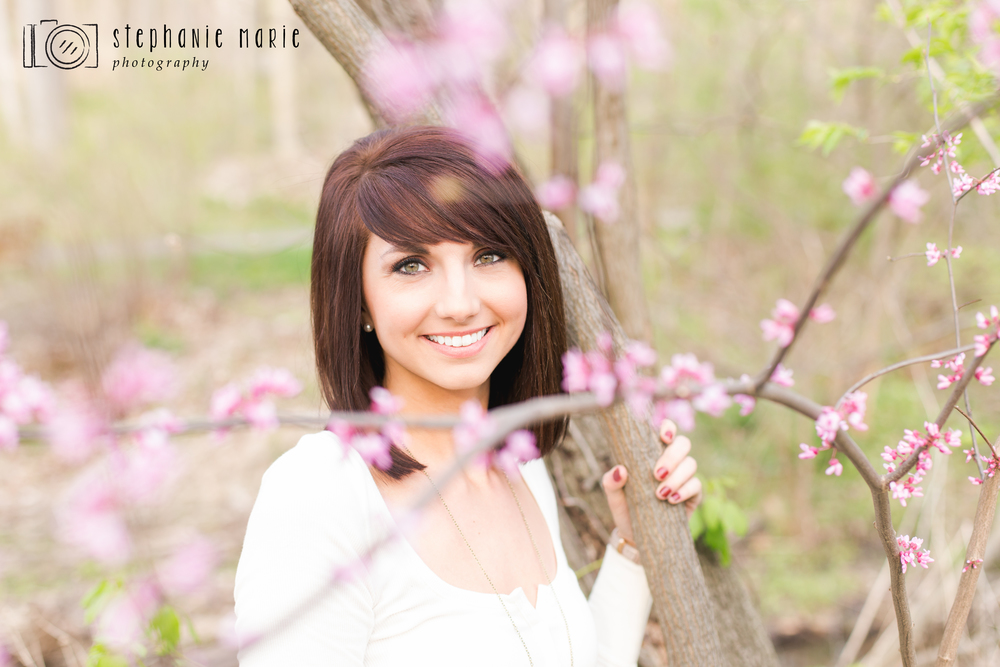 A Kettering, Ohio Senior Portrait Session at Hills & Dales MetroPark, Centerville Ohio Portrait Photographer