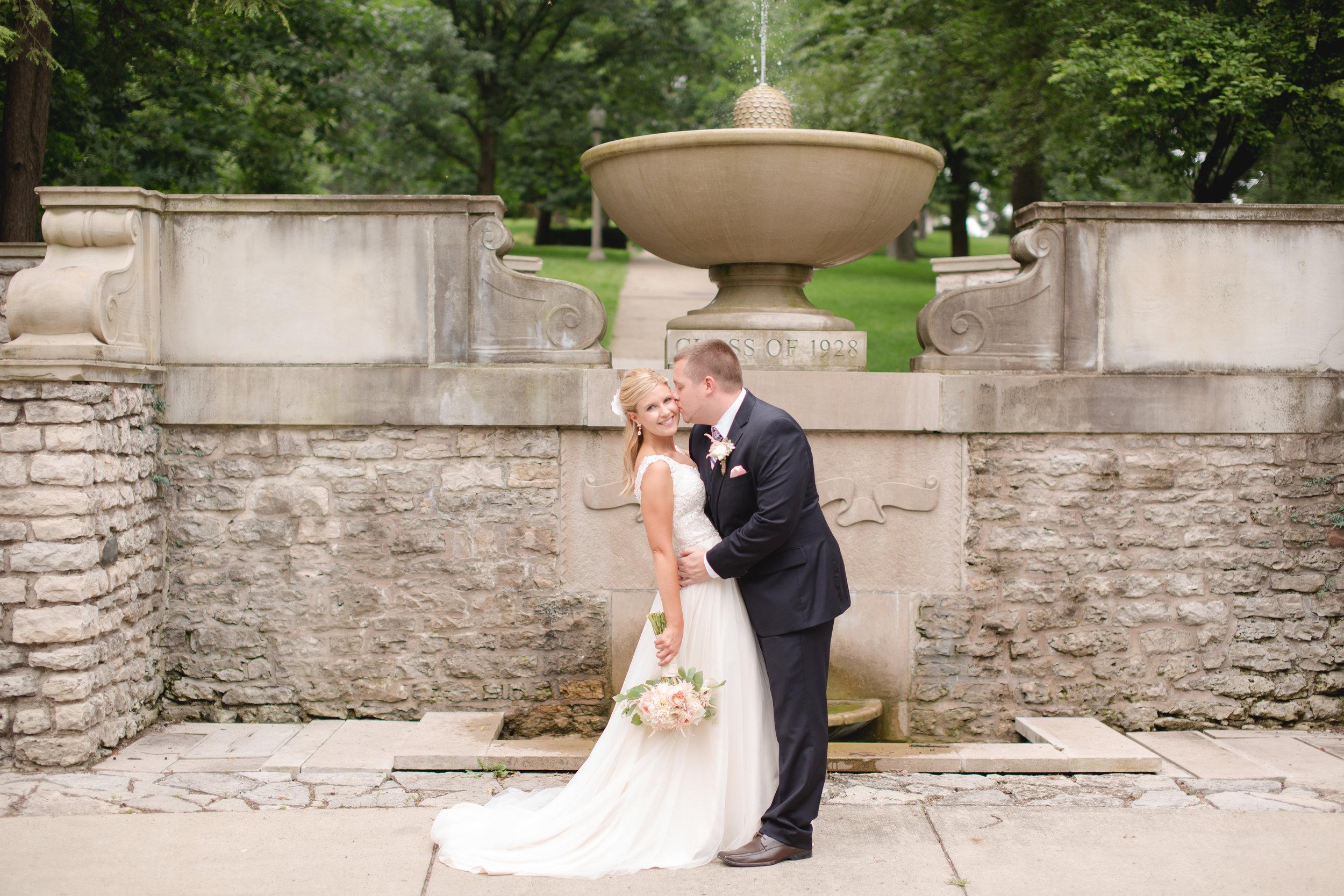 A Beautiful Courtyard Wedding In Downtown Springfield Ohio