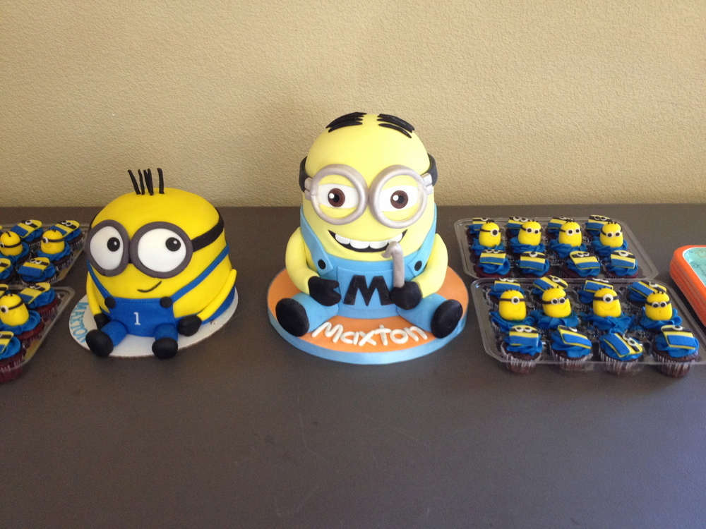 Maxtons Minion Themed 1st Birthday Photo Bomb