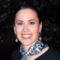 Author Isabel Mancias