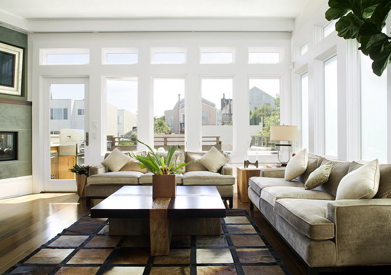 rear_windows_family_room_27th.jpg