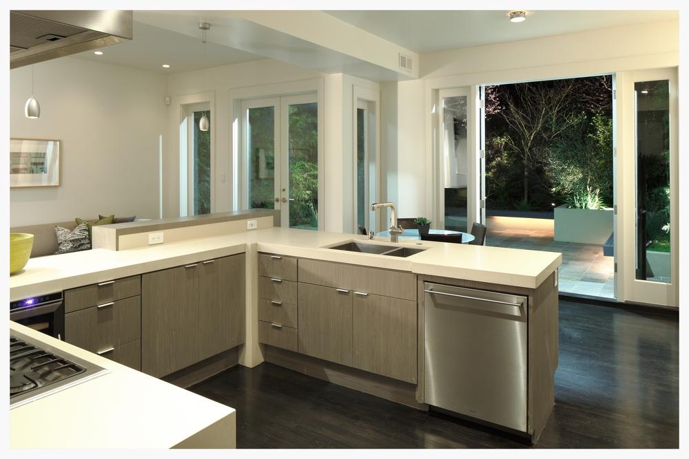 Kitchen_1378.jpg