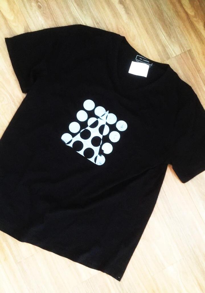 - Triangle and Circles black$15.00Contact: joel@joelgailer.com.au