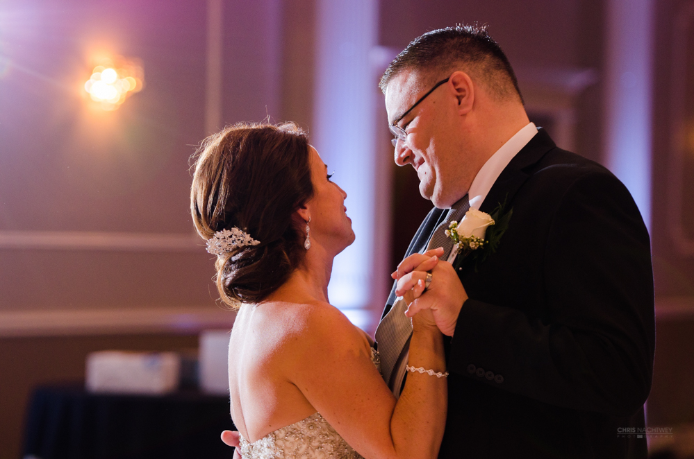 chris-nachtwey-waterbury-connecticut-wedding-photographer-first-dance.jpg