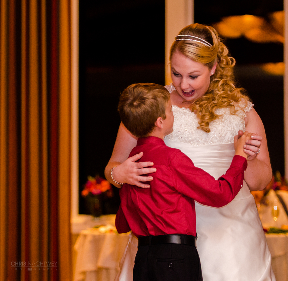 lake-of-isles-foxwoods-wedding-photo-chris-nachtwey.jpg