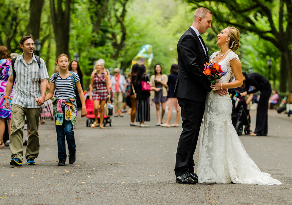 creative-central-park-wedding-photos-chris-nachtwey.jpg