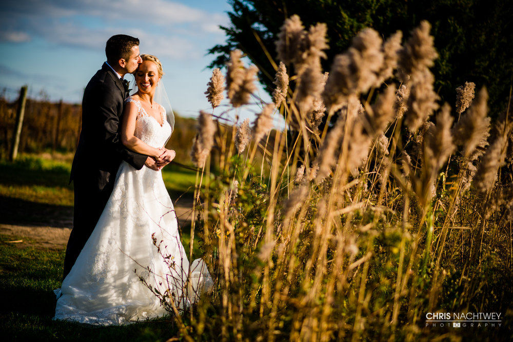 fall-wedding-saltwater-farm-vineyard-photography-chris-nachtwey-2017.jpg