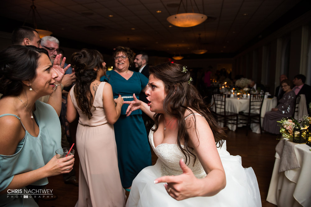 birchwoods-wedding-photographers-chris-nachtwey-amanda-pete-2017-18.jpg