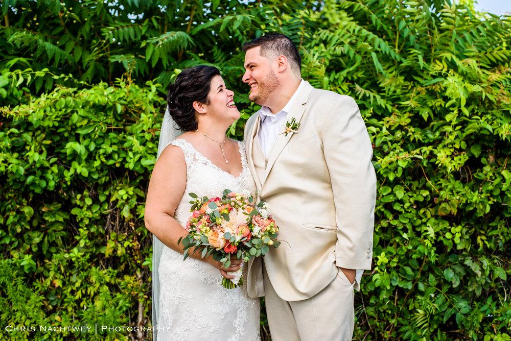 photos-wedding-lighthouse-point-park-carousel-new-haven-chris-nachtwey-photography-2019-18.jpg